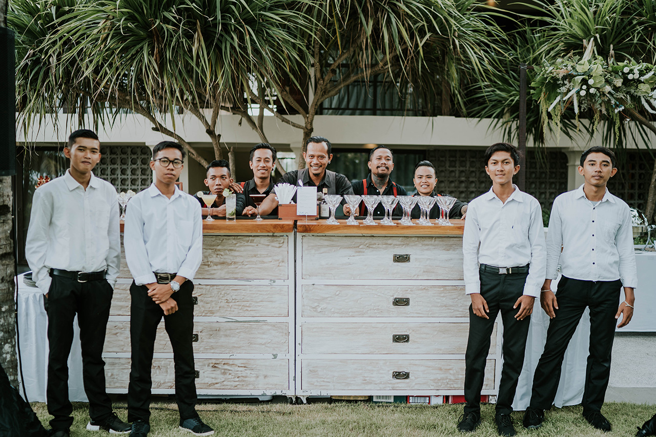 bali catering company - staff who serve with the utmost dedication