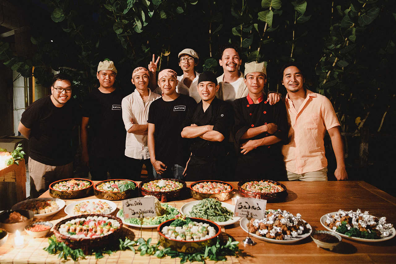 smiles of the closest ones - bali catering services