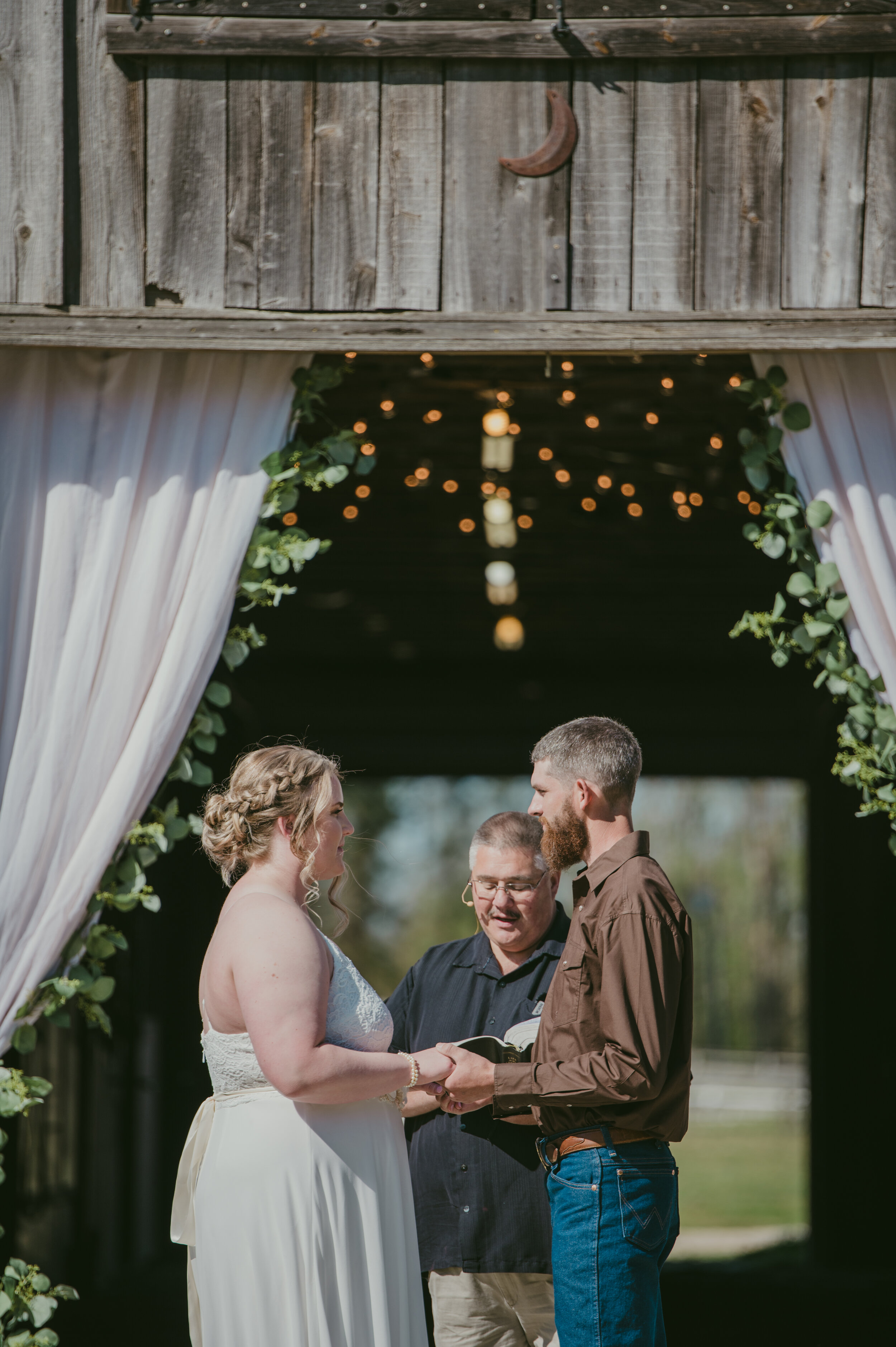 Diana + Michael   A Jacksonville, NC Wedding at Equine Country ...