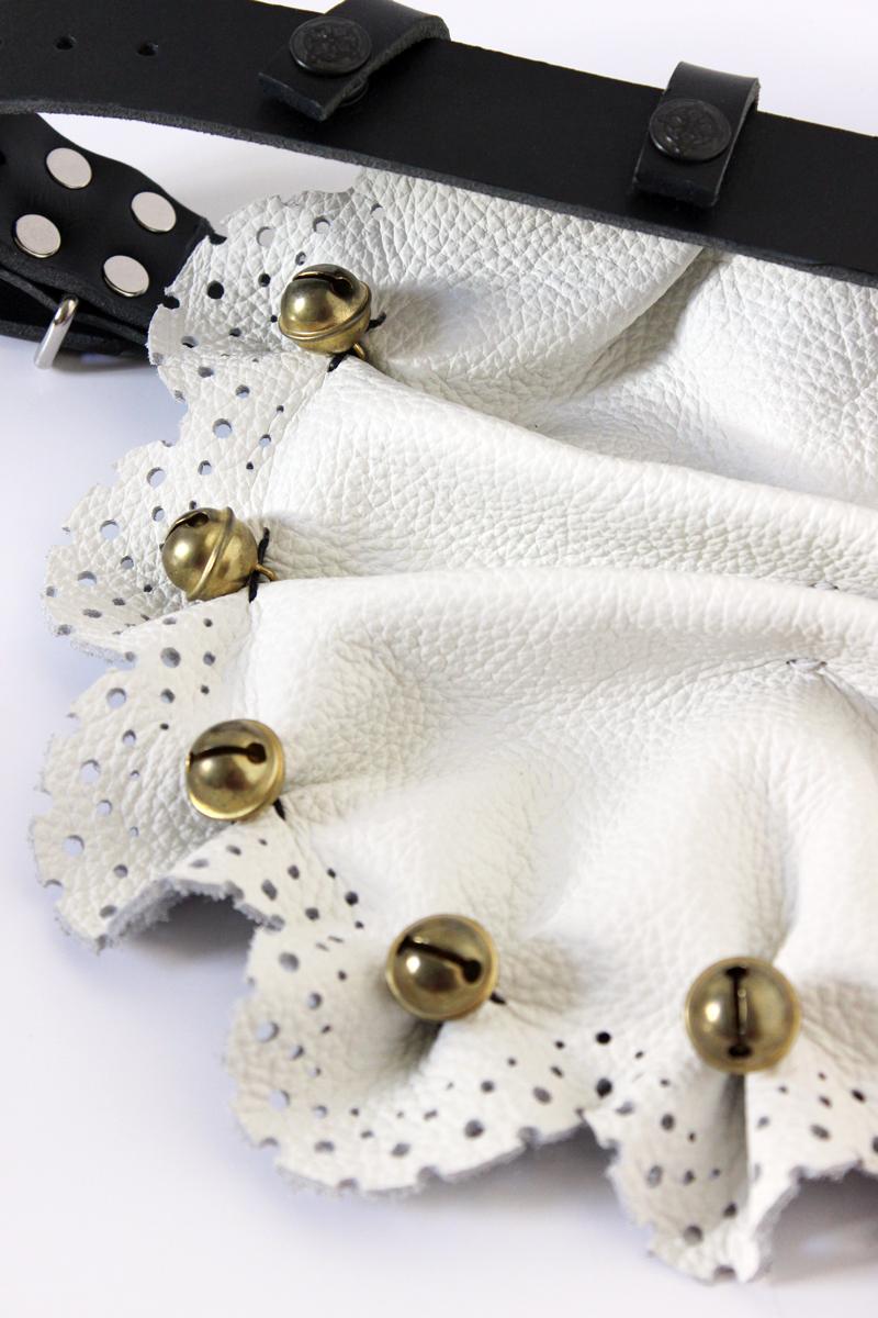 apron-closeup.jpg