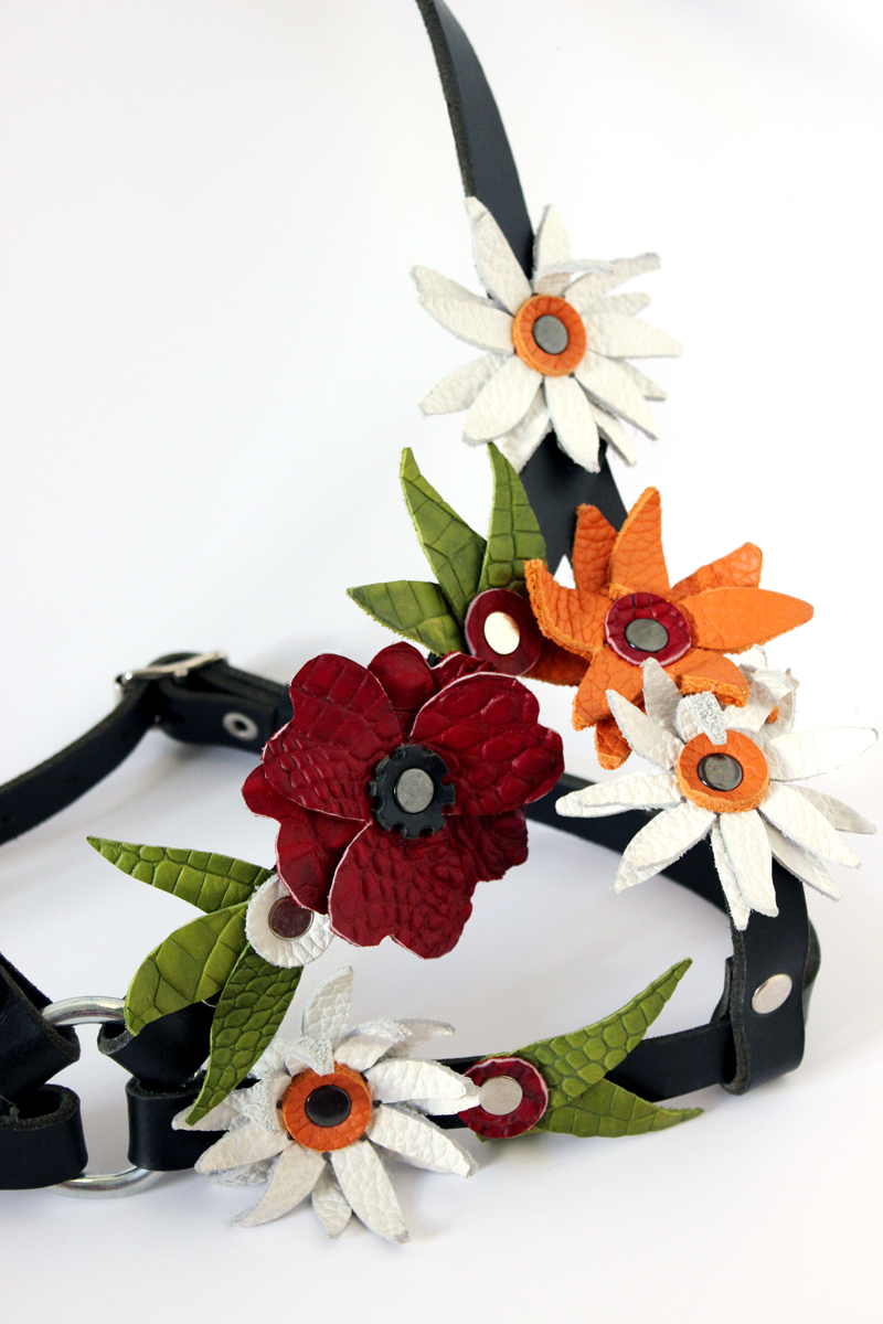 flowerharness2_closeup.jpg