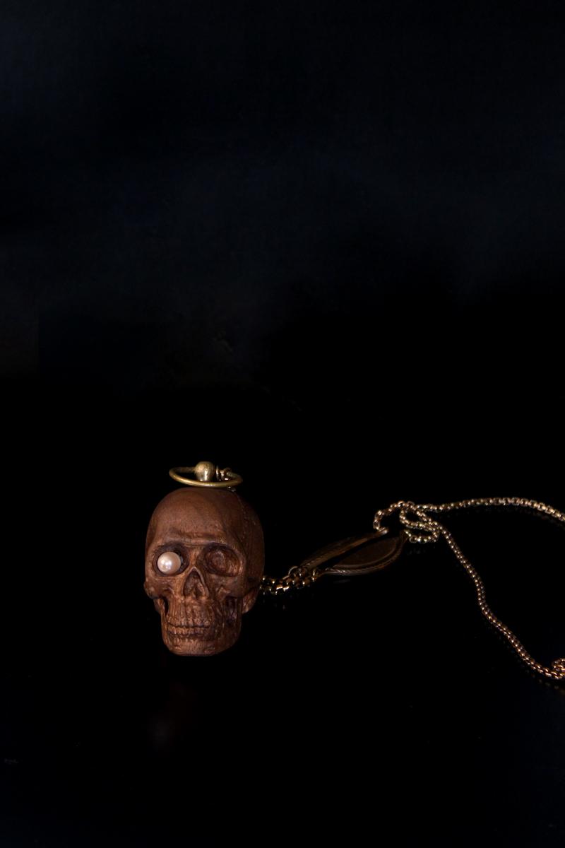 Skull-pendant_2-front.jpg