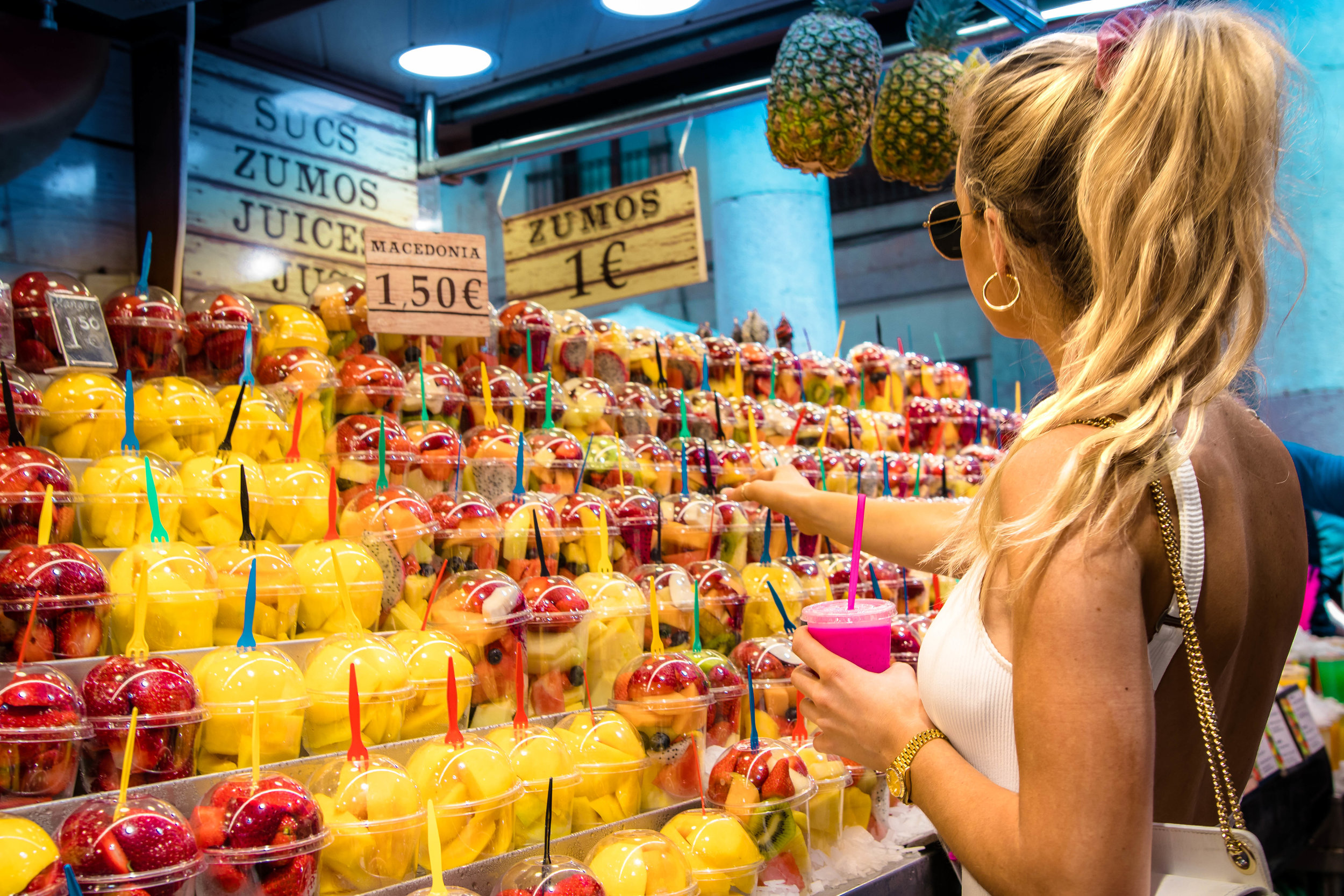 la boqueria - Mercat de la Boqueria is a place that you can spend hours... that is if you're a food addict like myself.  This is indoor market hall is filled with hundreds of different food stands that is the perfect spot for lunch.My tip: grab a bite from multiple stands, because everything is pretty much tapas style.
