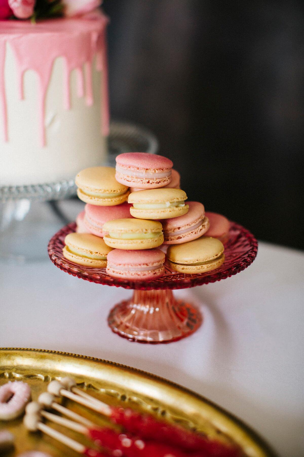 pink-yellow-macarons-wedding-dessert.jpg