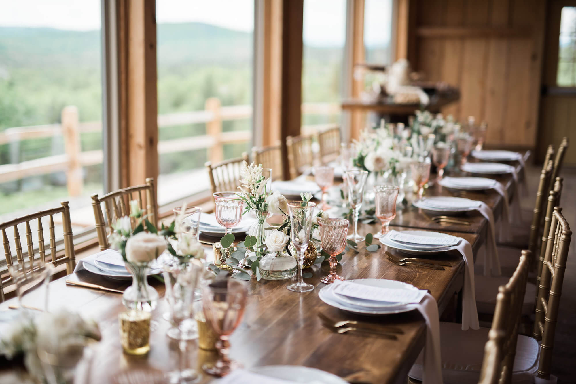 rustic-chic-tablescape-barn-wedding.jpg