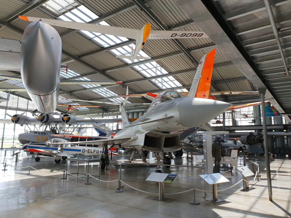 Plane-Museum-2.jpg