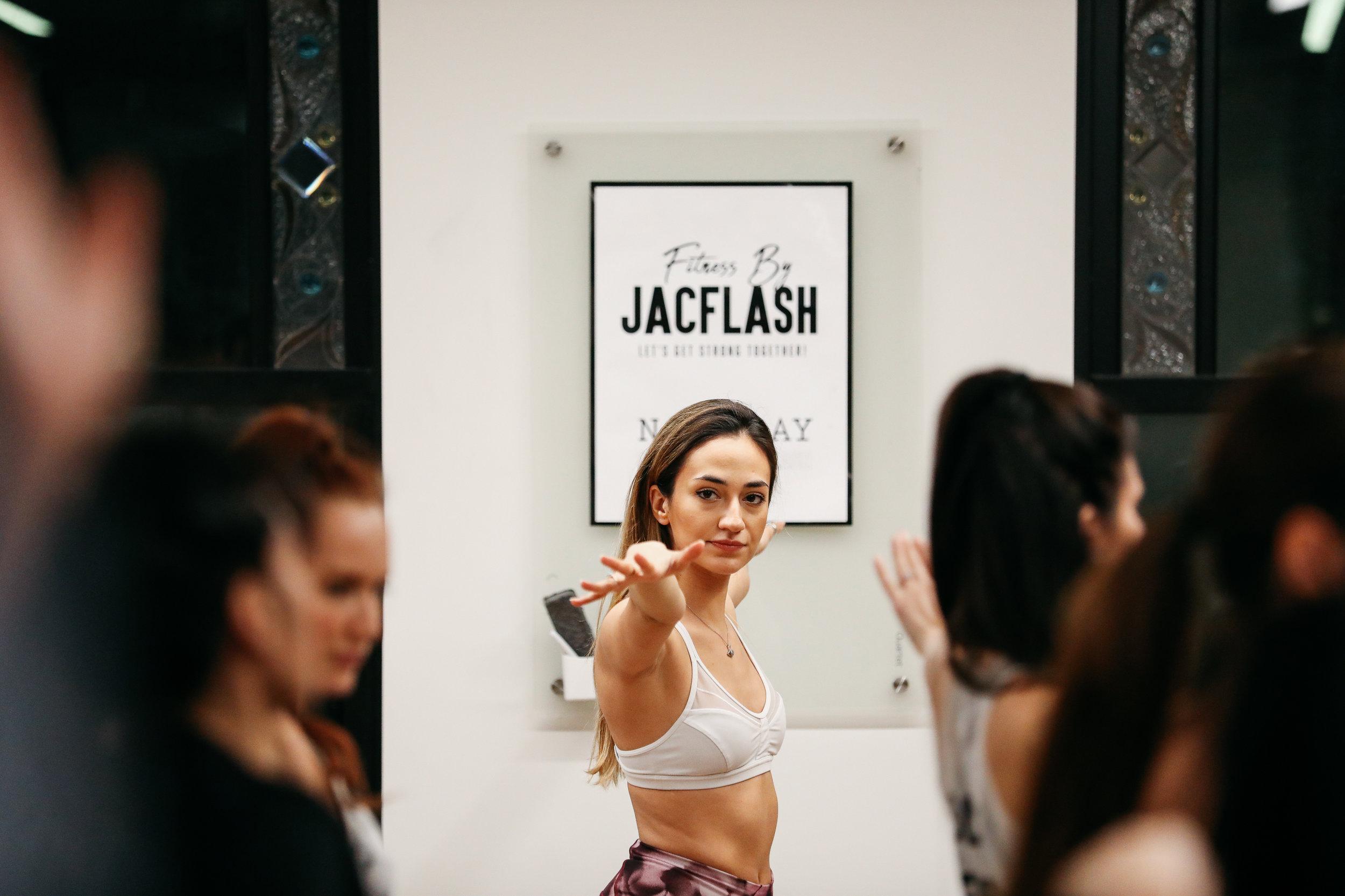 NicoleBreanne-Jacflash-Attic2-4112.jpg