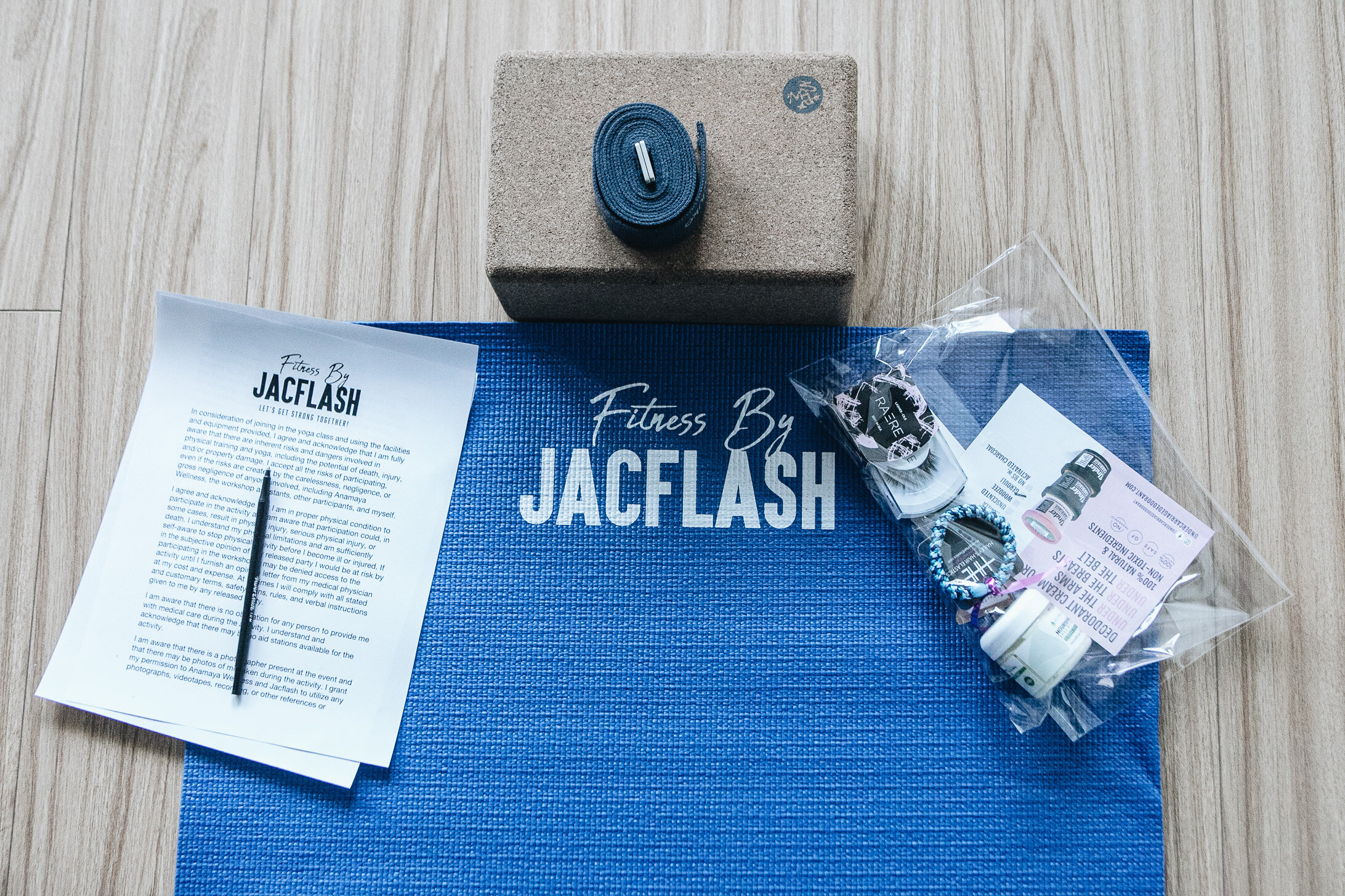 On Sunday evening Fitness by Jacflash had a Full Moon Cleanse + Release Yoga Workshop with Anamaya Wellness.