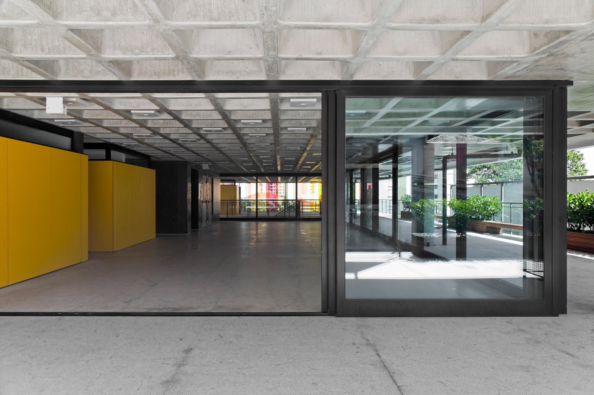 gui-mattos-2012-edificio-bruxelas-01.jpg