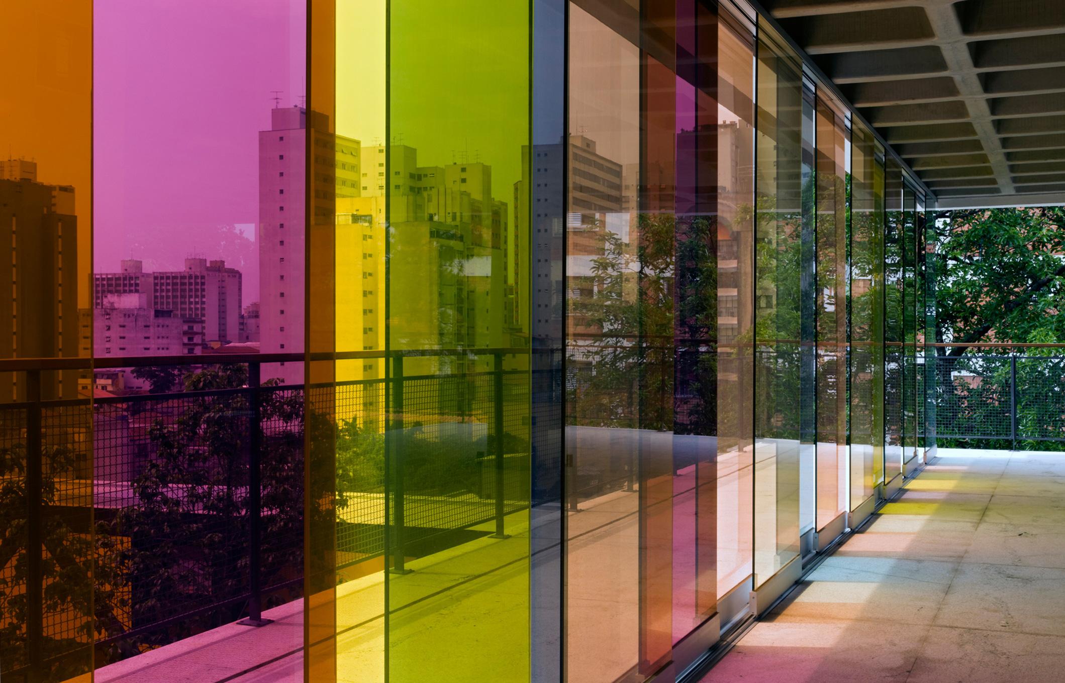 gui-mattos-2012-edificio-bruxelas-04.jpg