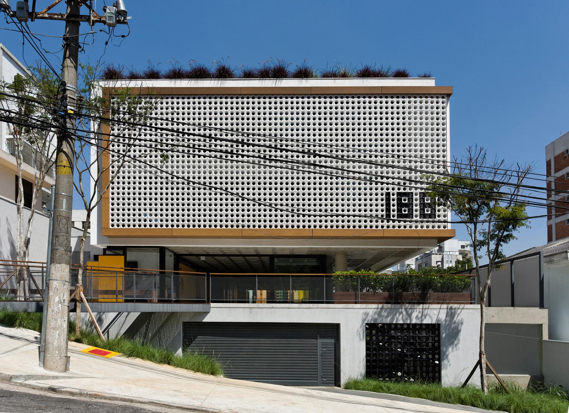 gui-mattos-2012-edificio-bruxelas-09.jpg
