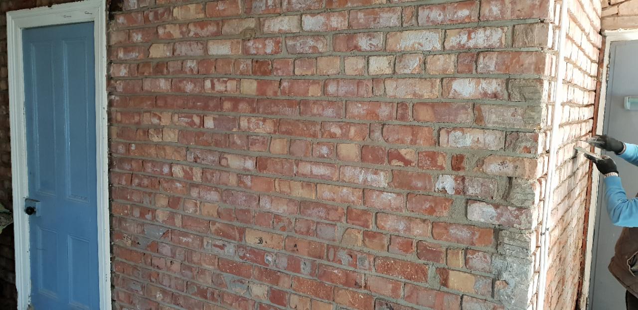 Kilrea_brick_pointing.jpg