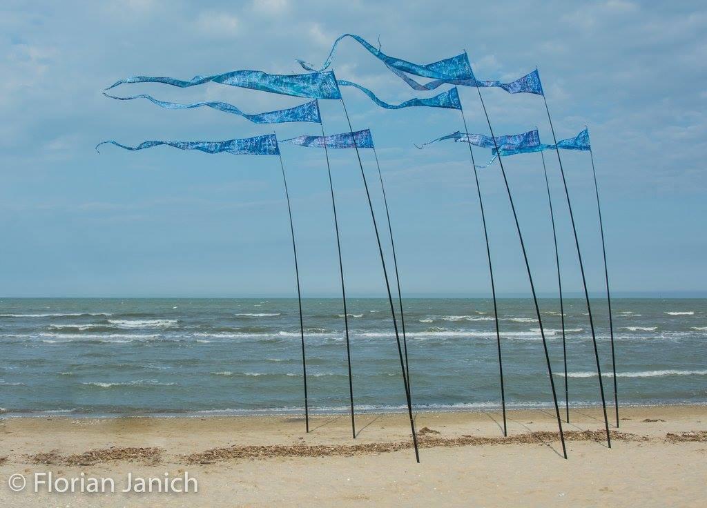 kites-on-beach.jpg