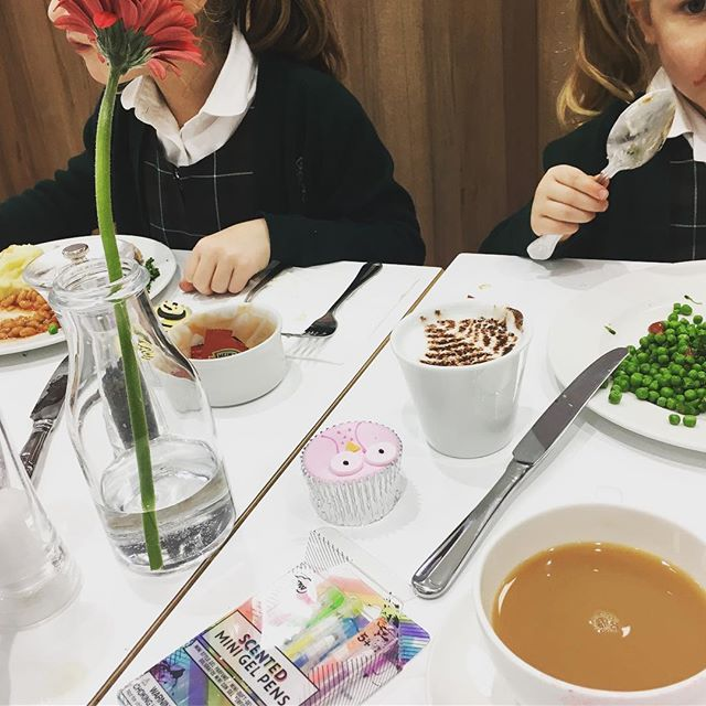 Once a week I take the girls for tea at @waitroseandpartners. It is such a treat for me to not prepare a meal but just to sit with a cup of tea and listen to my girls wittering on about their days, life and the universe etc etc with no having to jump up to get the ketchup, more milk, to put something in the dishwasher.  A teatime with just the three of us where I can properly soak up their funny little quirks and joyful enthusiasm for the world.  Holy shit though, they do talk a lot. How the hell did I get through 3.5 weeks of it; I am beside myself with the need for them to FALL ASLEEP and leave me in PEACE 😂