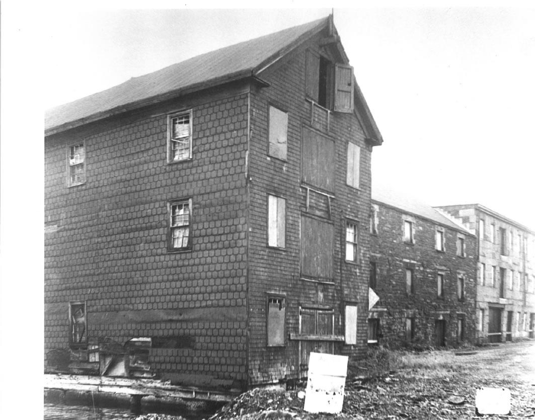 historic properties lower deck.jpg