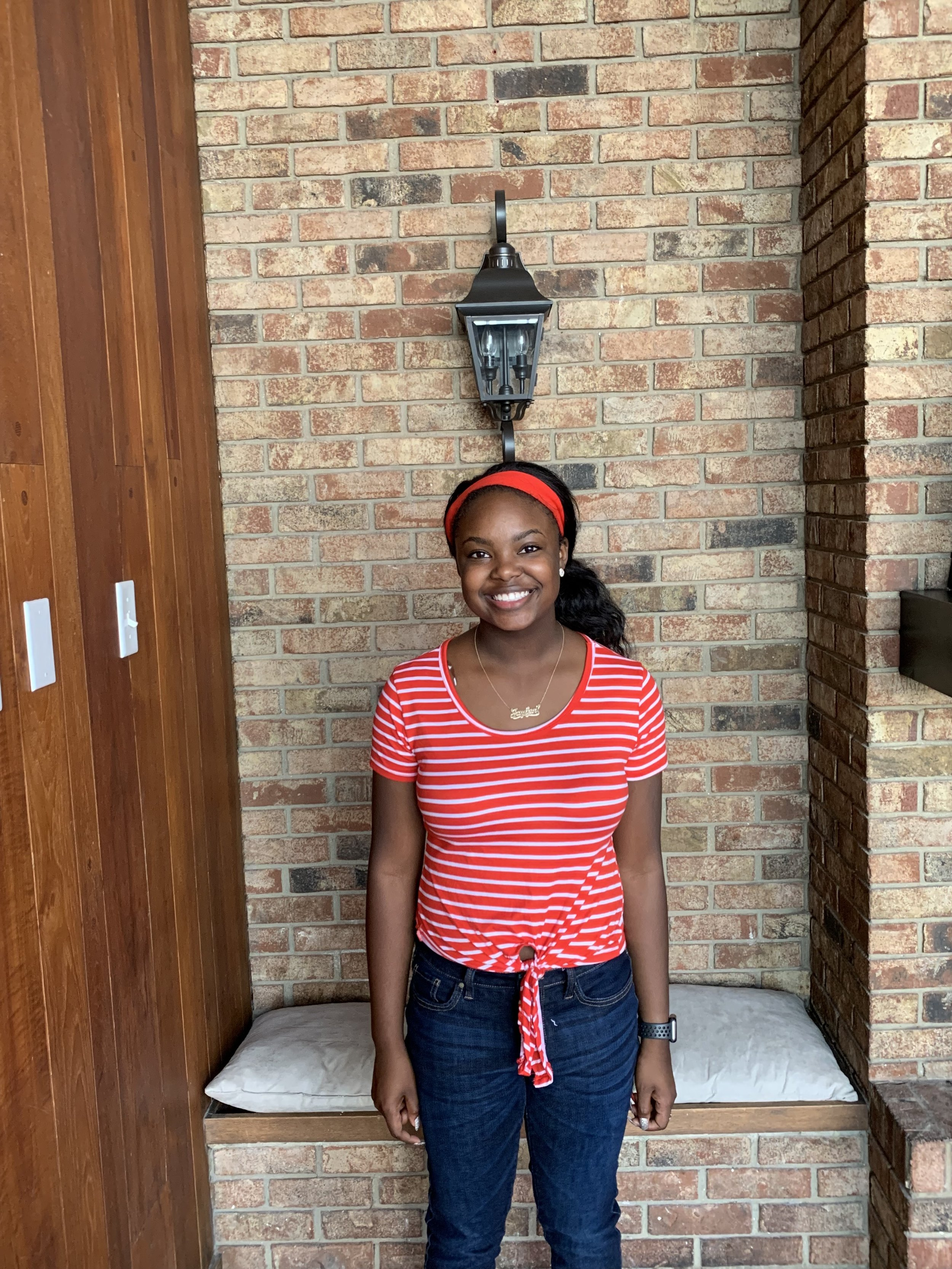 Ashley White - Ashley is on the track team and likes to workout and be outside. She likes many types of music from country, R&B, Hip Hop and Gospel. Ashely's favorite animal is a dolphin and she wants to be a veterinarian someday to help animals. Ashley loves movies and taking time to relax.