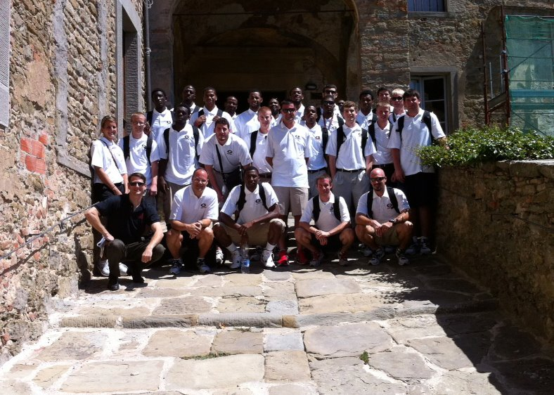 UGA Basketball Team visits Cortona 2012.jpg
