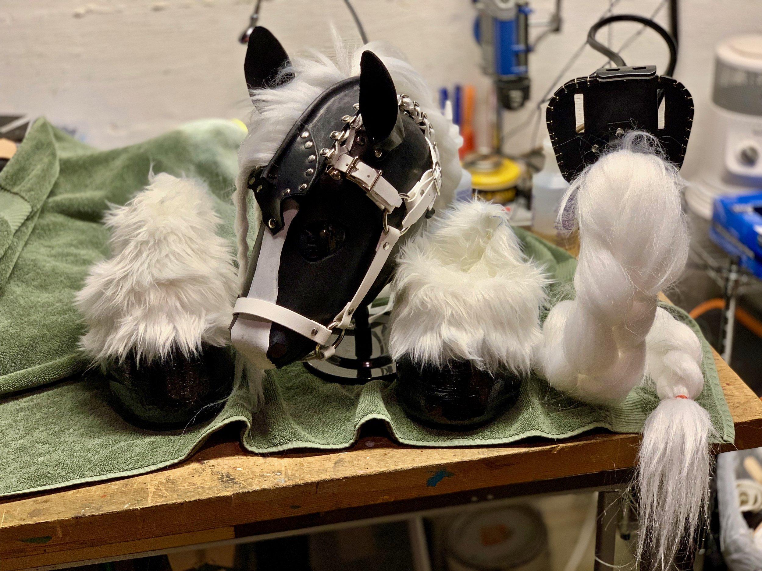 Black and White Pony Set