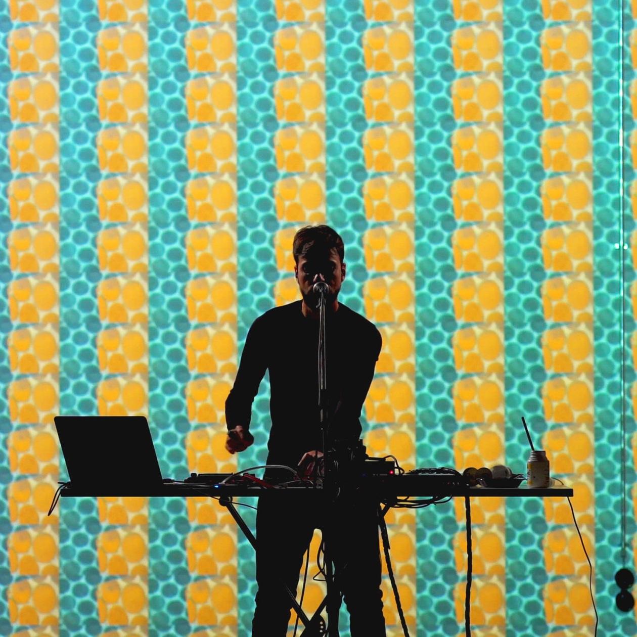 Diego Ain - Ain TheMachine - AudioVisual StoryTeller