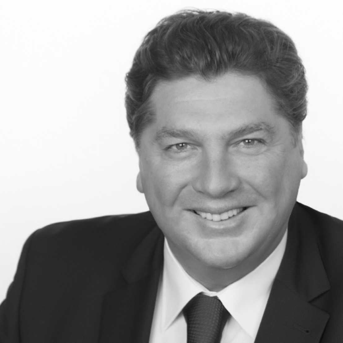 Robert Schüssler - Global Account Executive at OneDealer