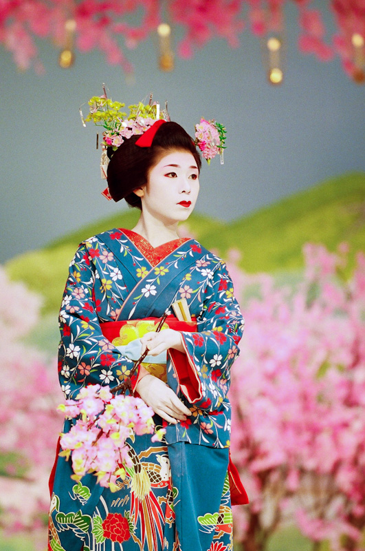 Yukako-Miyako-Odori-2007-1