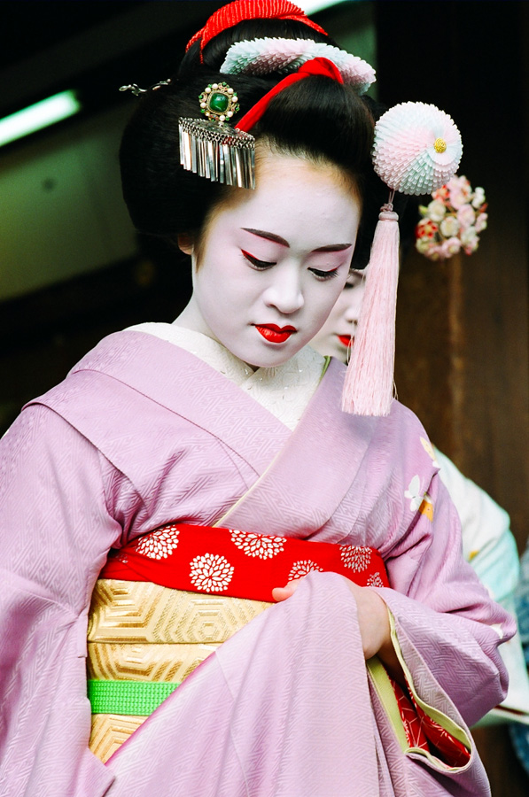 The maiko Masayo during Setsubun at Yasaka Shrine in Kyoto
