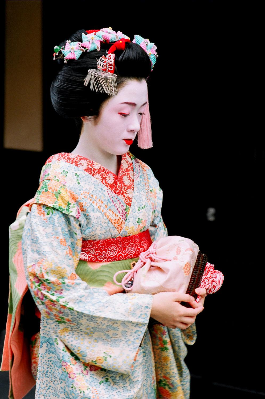 100-Views-Maiko-Geiko-44.jpg