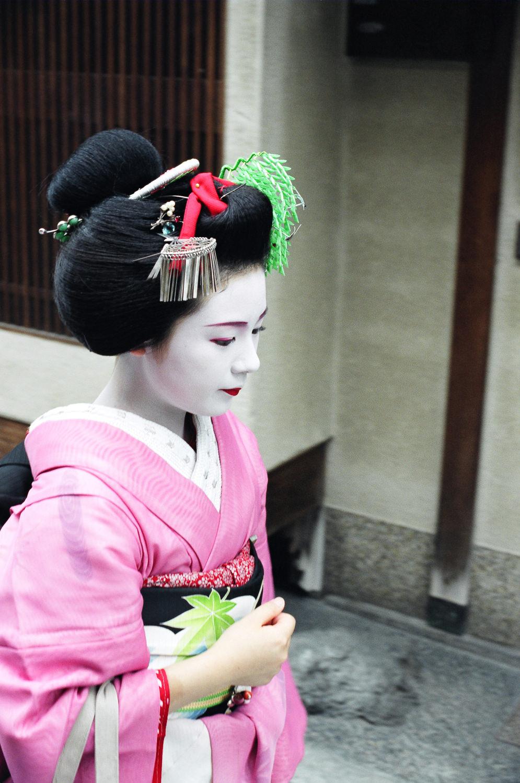 100-Views-Maiko-Geiko-52.jpg