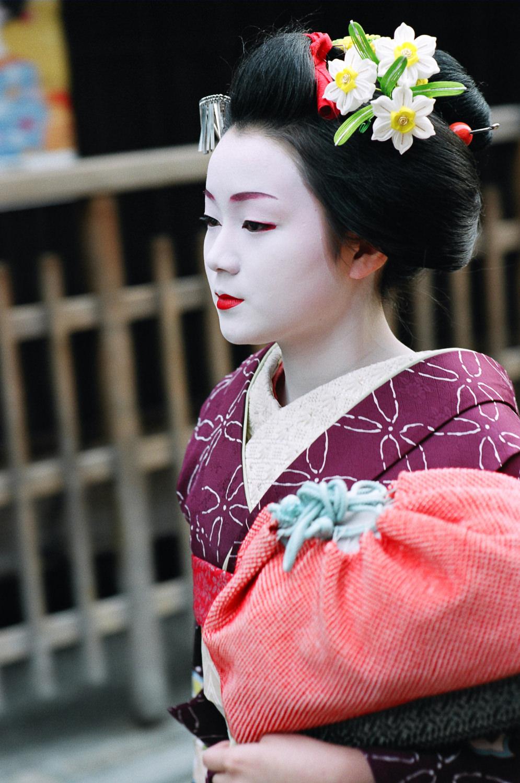 100-Views-Maiko-Geiko-62.jpg