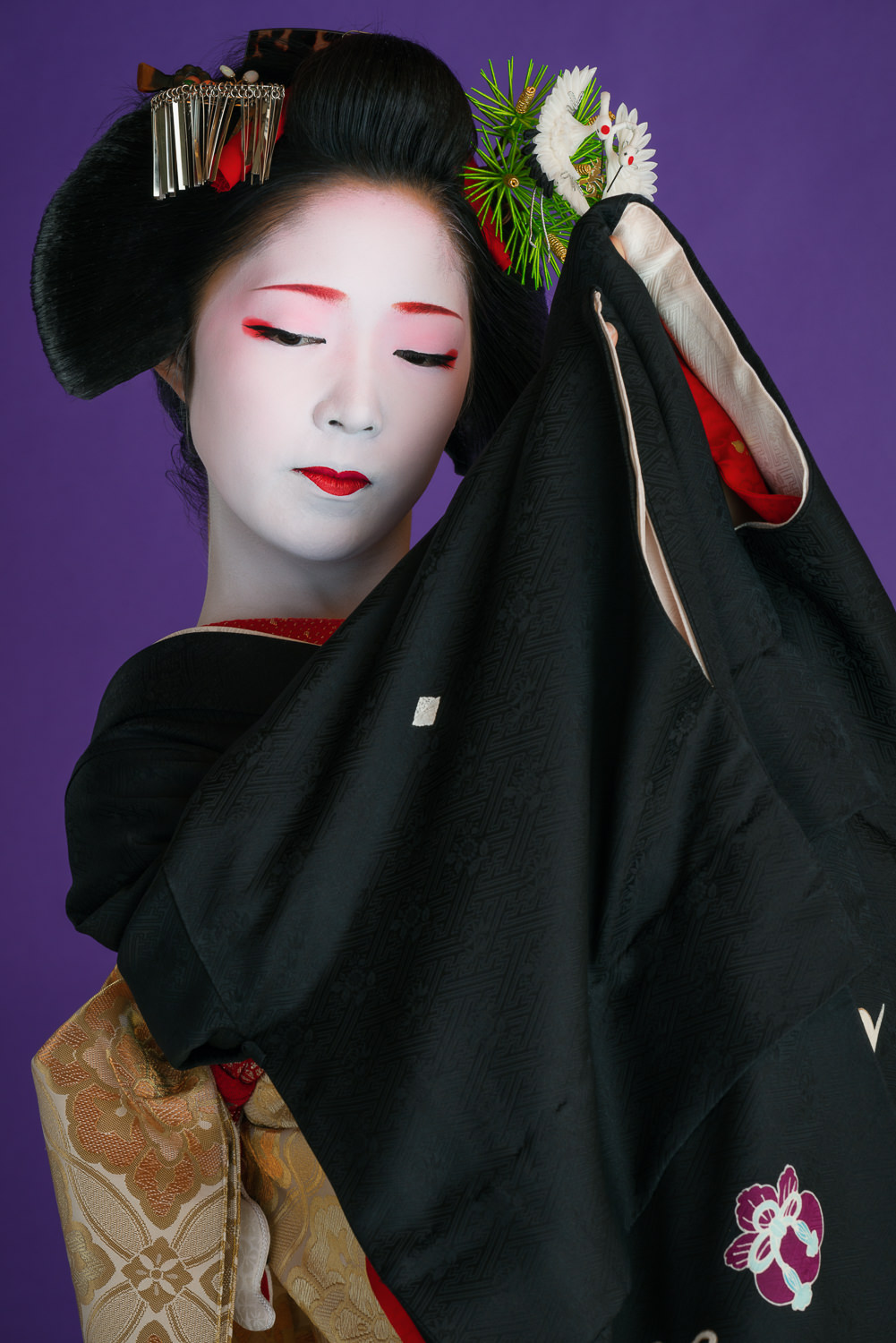 The maiko Toshikana performing the dance  Kurokami  a week before she became a geisha