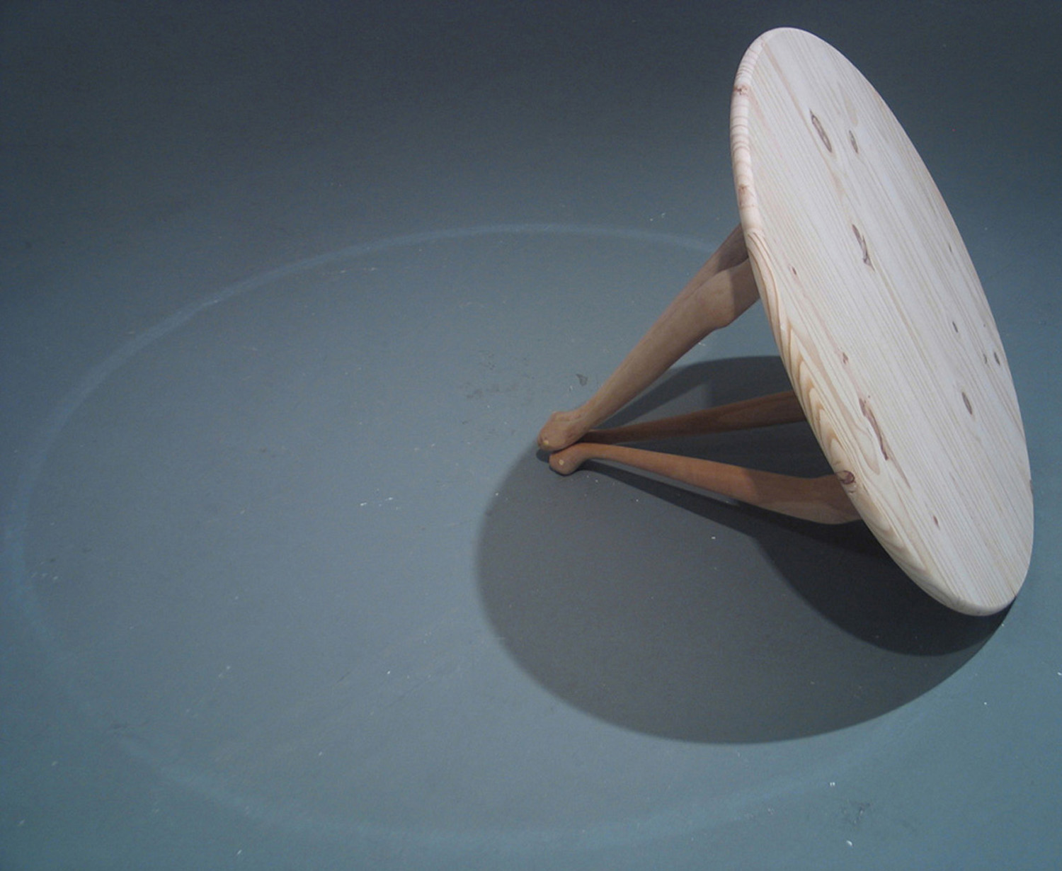 Sommerhauser | Table describing itself | altered wood table