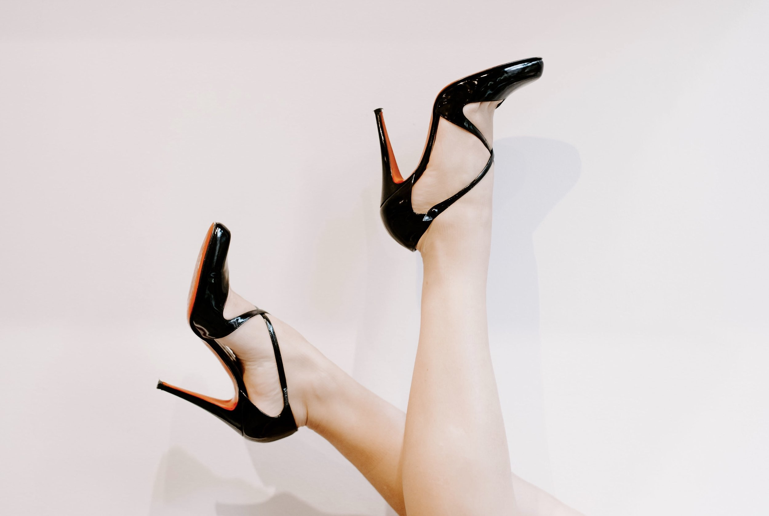 Red Bottoms | Photography by Tiffany Sun for Darling Boutique