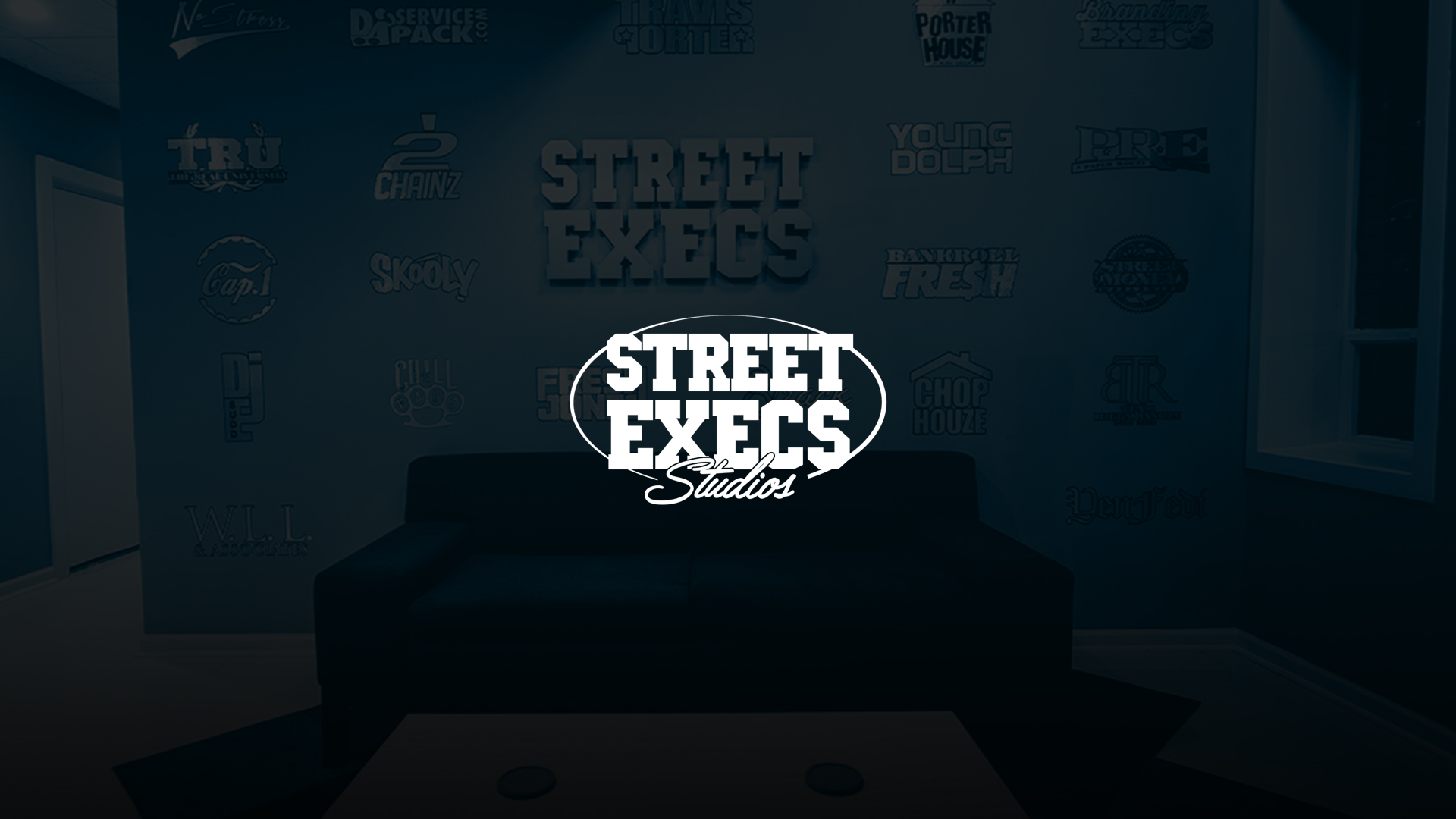 #STREETEXECS-BOOKING-BG.jpg