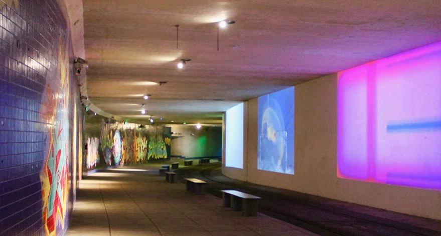 Helene Berg: Loops of Light