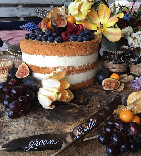 Naked cake-Photo by Monique Photo.png