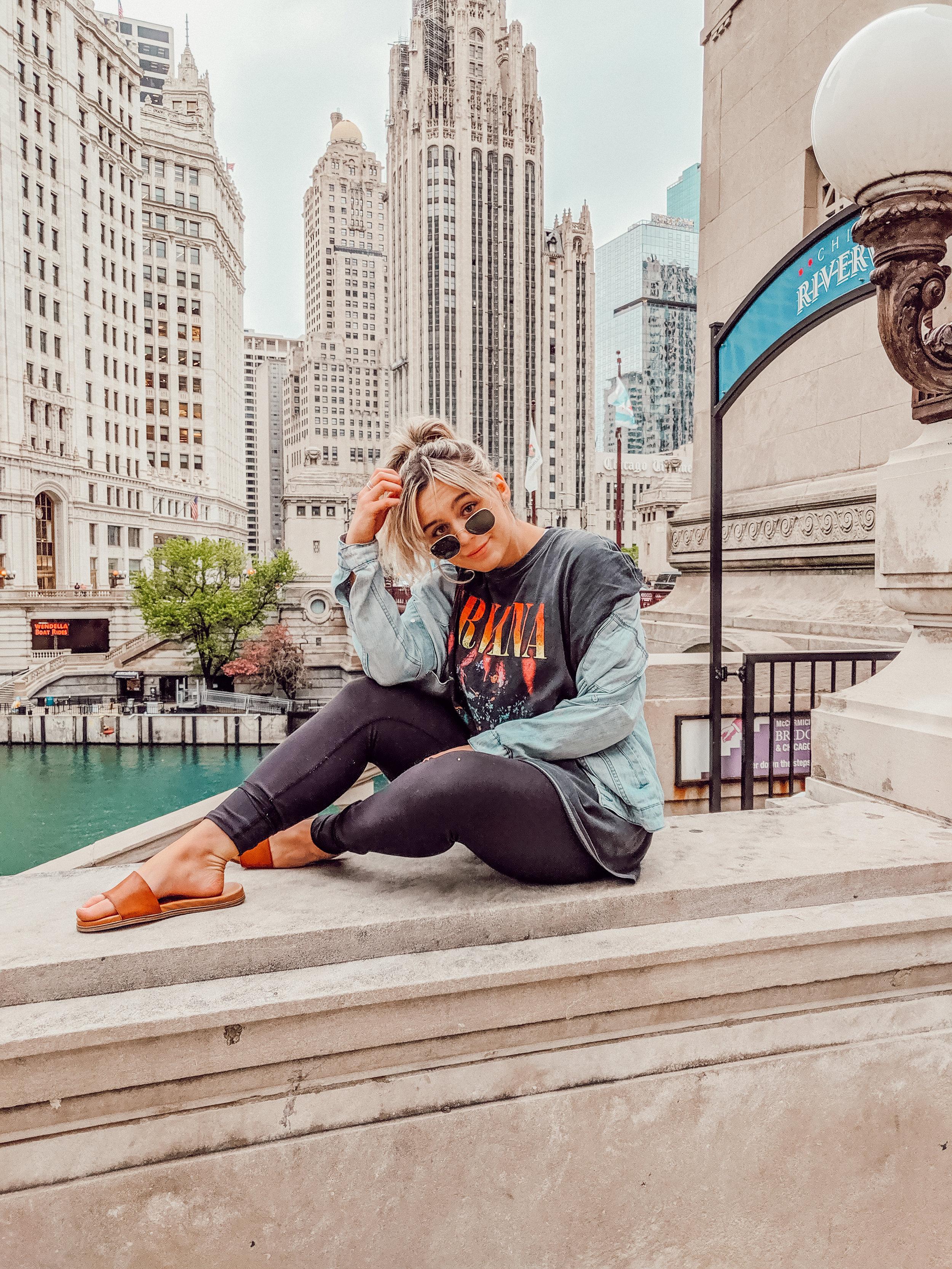 chicago travel guide .jpg