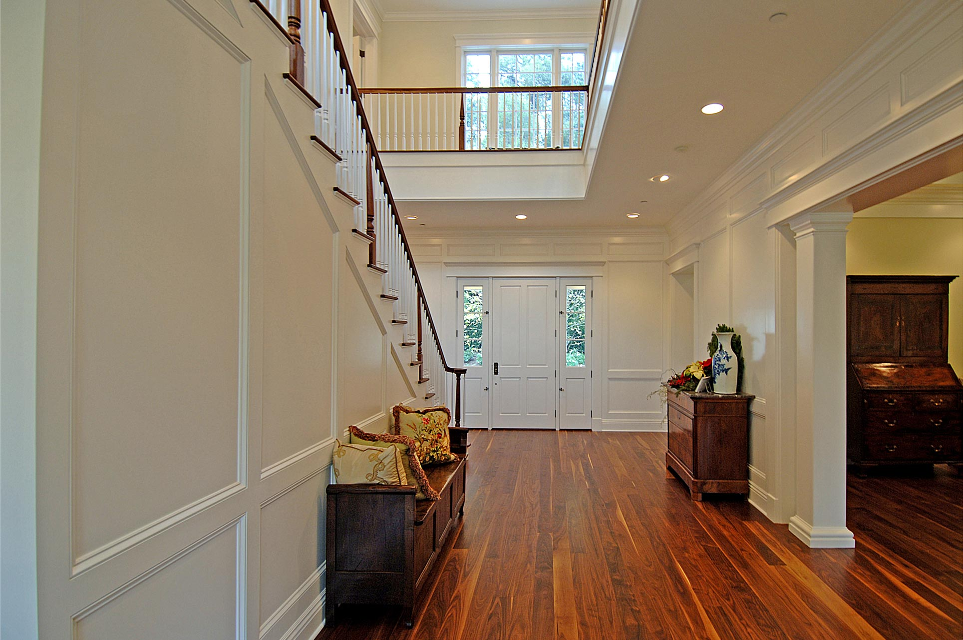 Foyer-Staircase-Traditional-Home-Premier-General-Contractors.jpg
