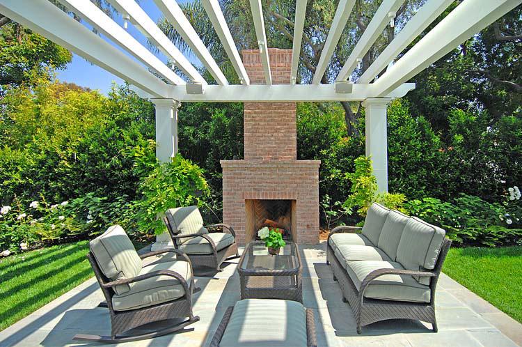 Outdoor-Fireplace-Pergola-Patio-Dining-Premier-General-Contractors.jpg