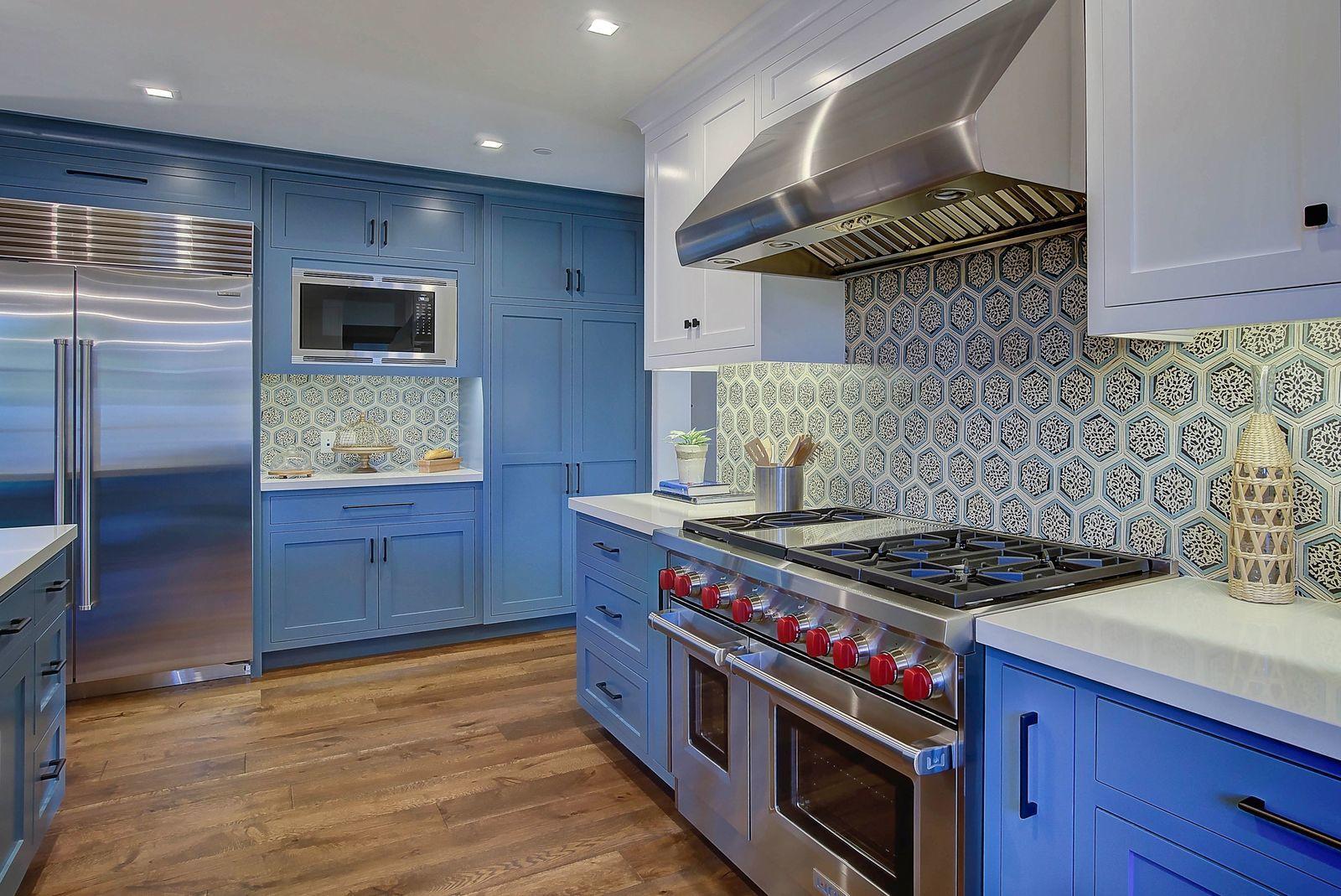 Modern-spanish-kitchen-tile-backsplash-premier-general-contractors.jpg