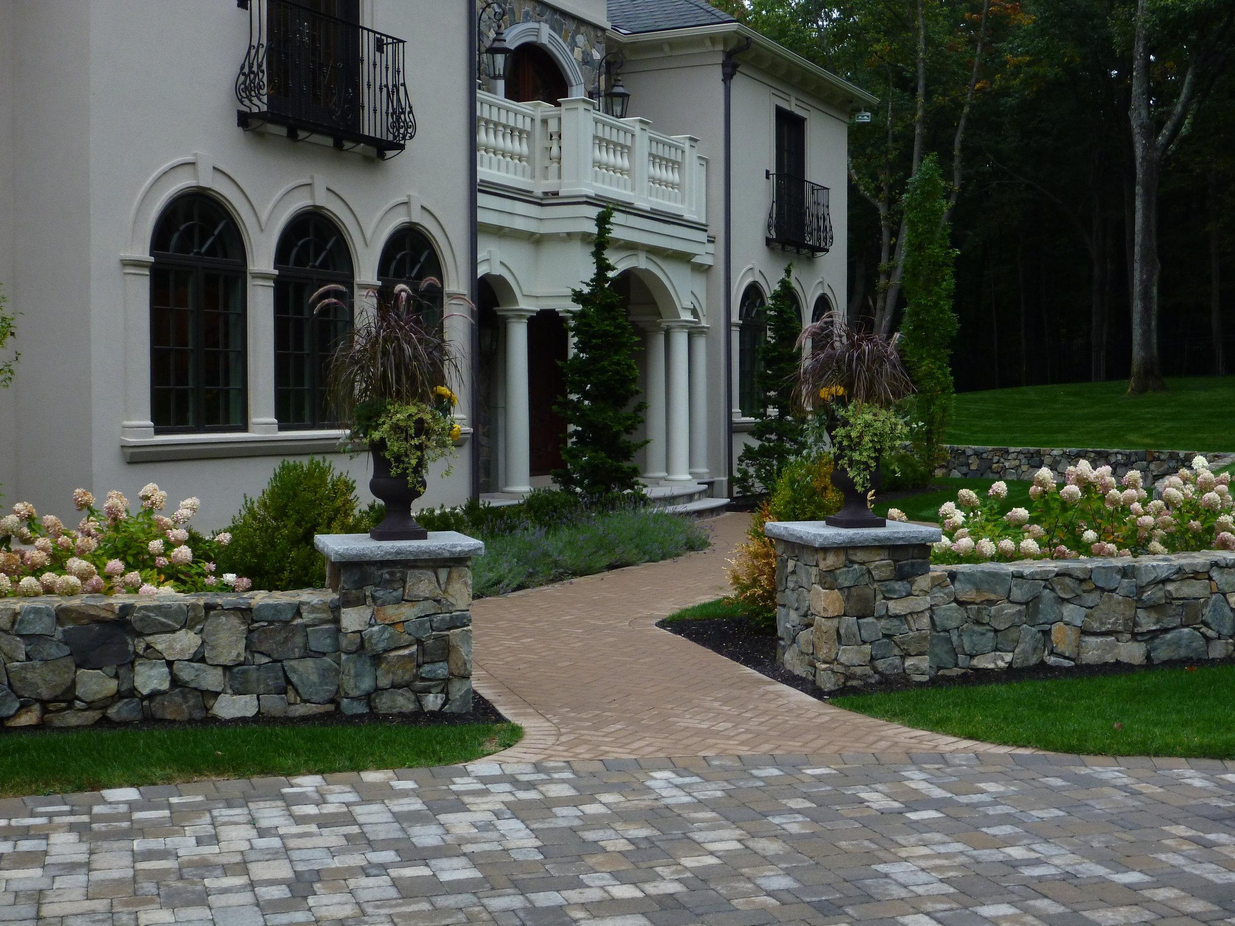 Entry Garden.jpg