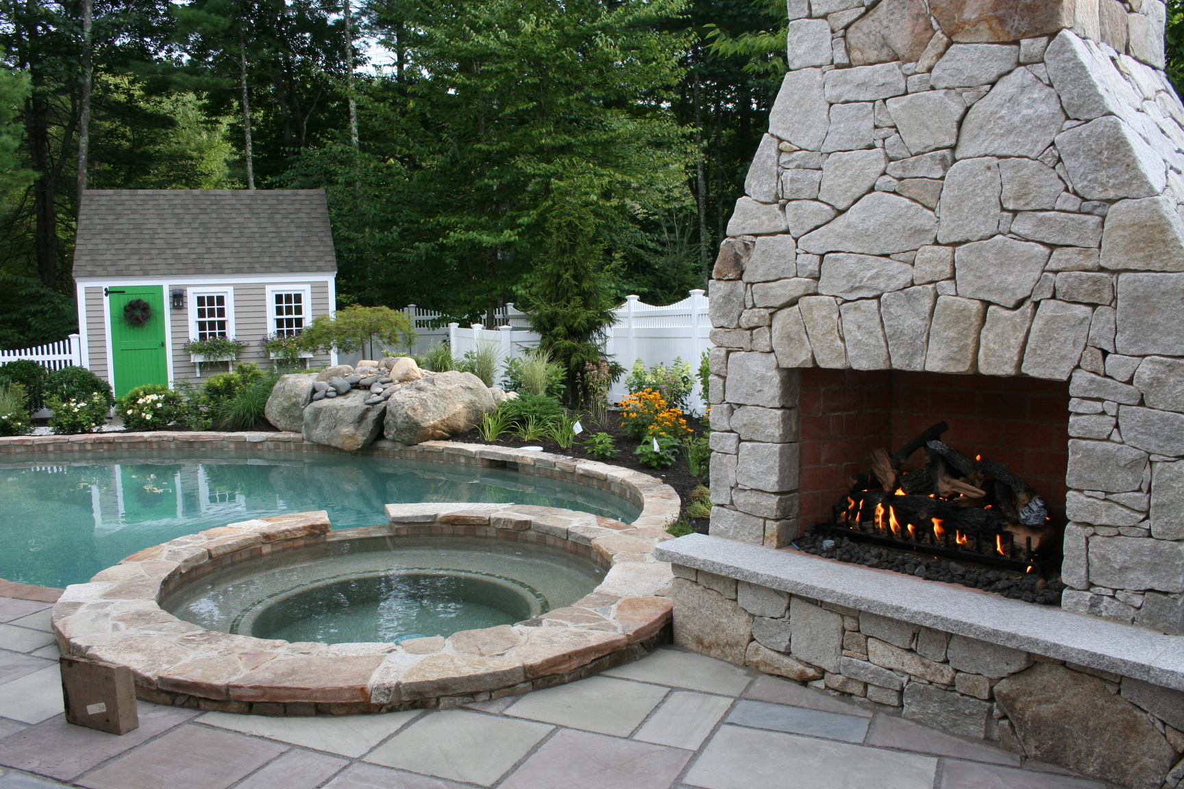 Jay ME Stone Fire Place (2).jpg