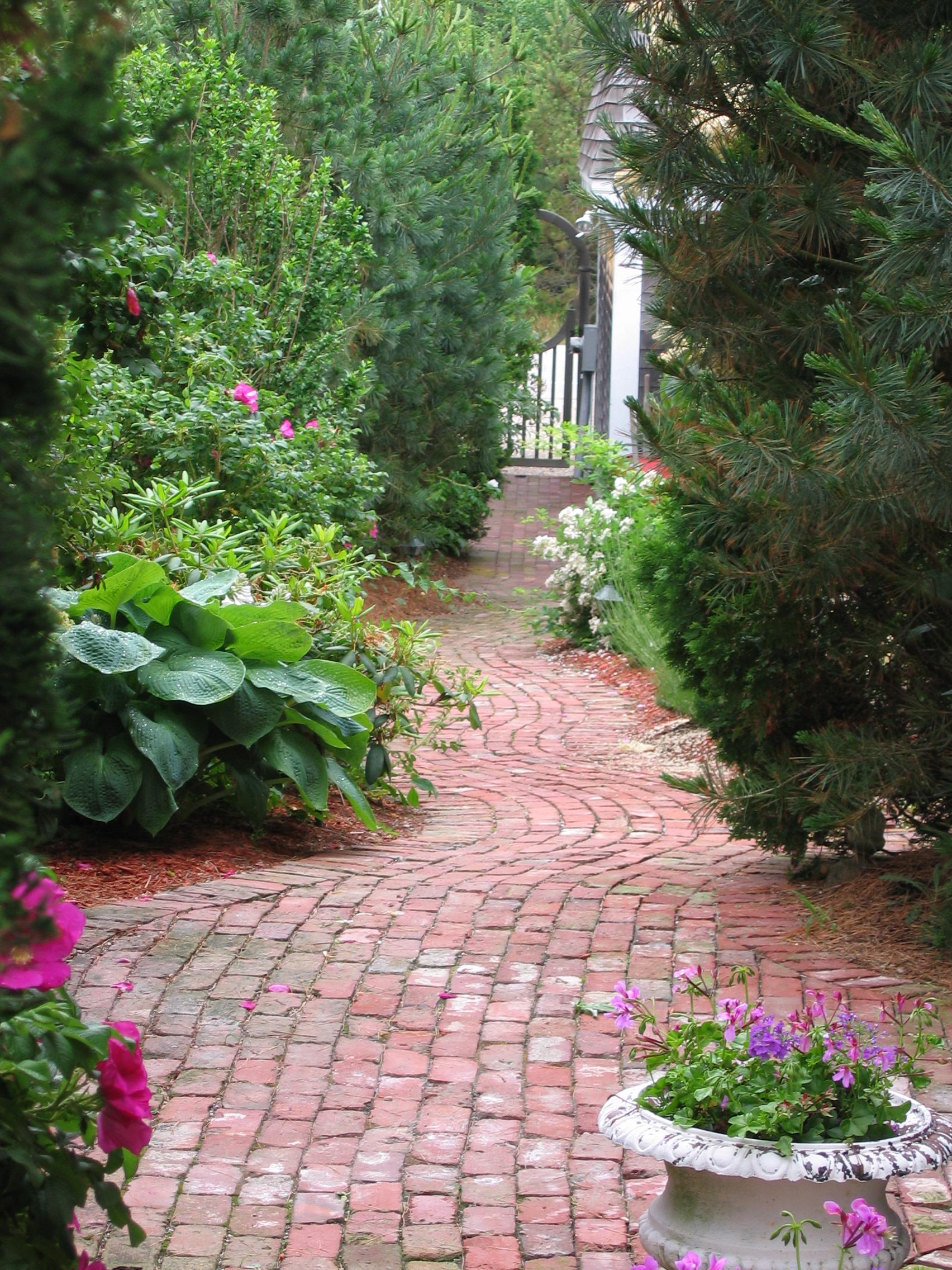 Canal St Brick Walkway.JPG