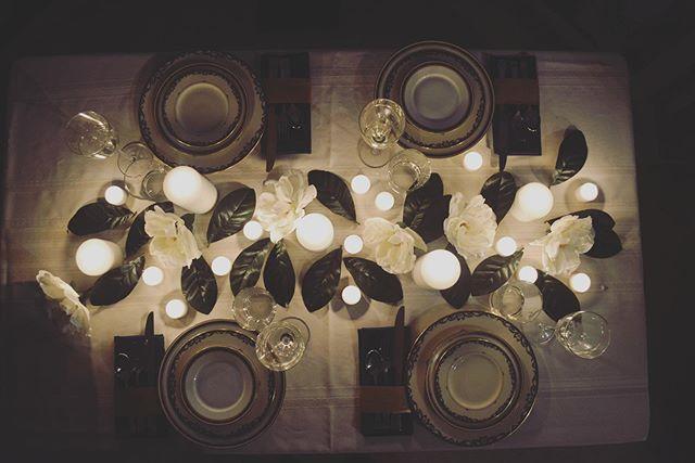 Nothing's more romantic then dinner by candle light. . . . #LavCo #chicagoeventplanner #savannahweddings #savannah #lowcountryweddings #coastalgeorgia #specialevents #lavenderandcoevents #weddings #smallbuisness #scadalumni #vintage #vintagrentals #chinarentals #weddingplanning #weddingdesign #weddingdayofcoordinator #bosslady #savannah #savannahwedding #savannahcoordinators #savannaheventplanner #savannahweddingplanner #historicsavannah #lowcountry #lowcountryevents