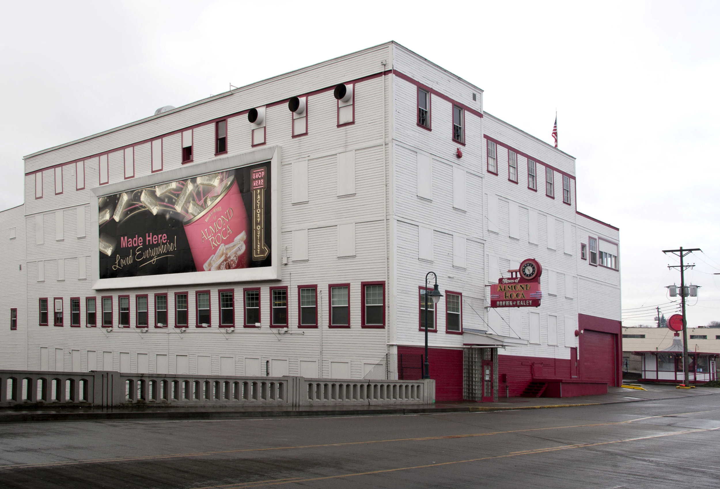 factory-store-3.jpg