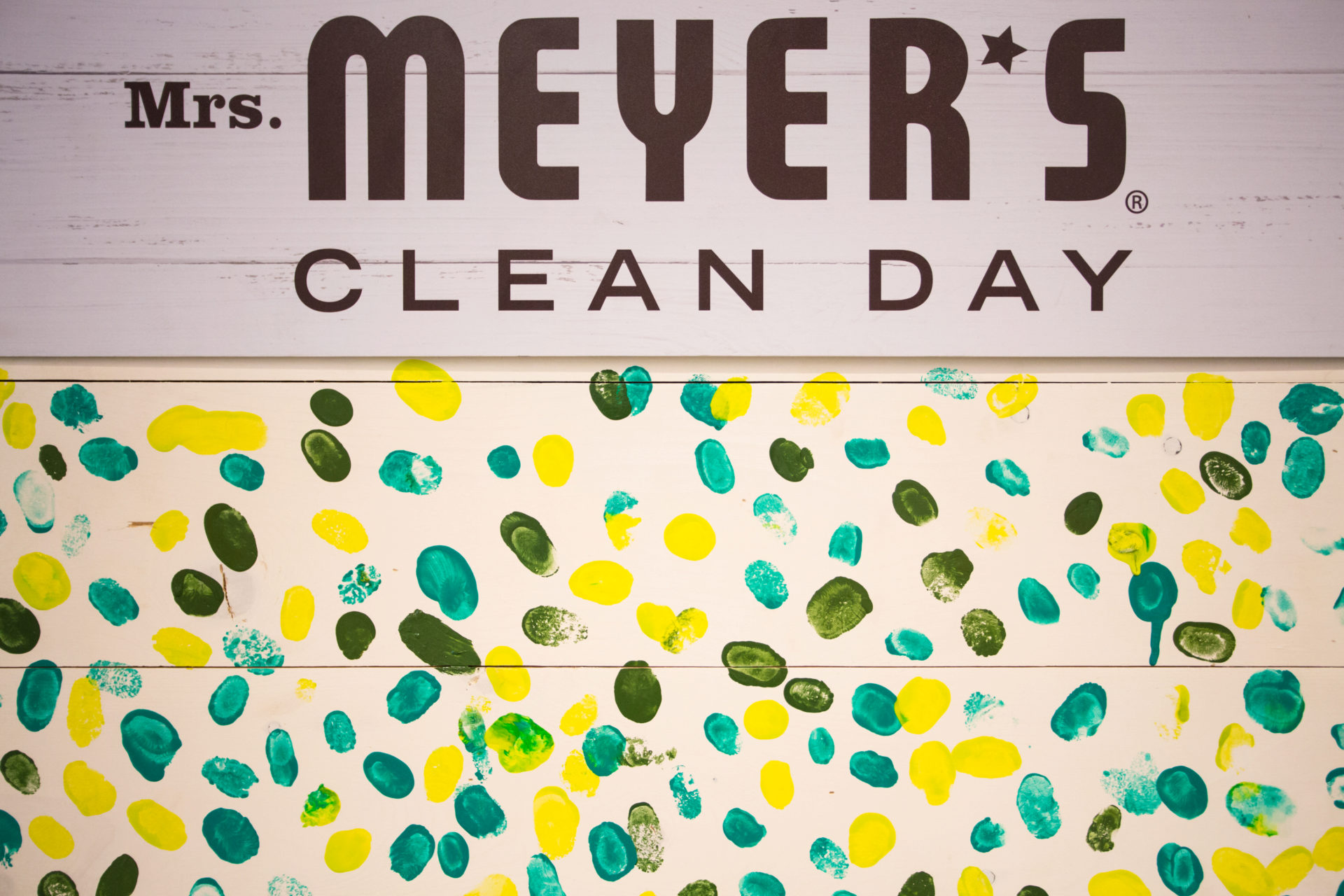 219128-Mrs.Meyers-Tour-Houston-Pledge_Wall-67.jpg