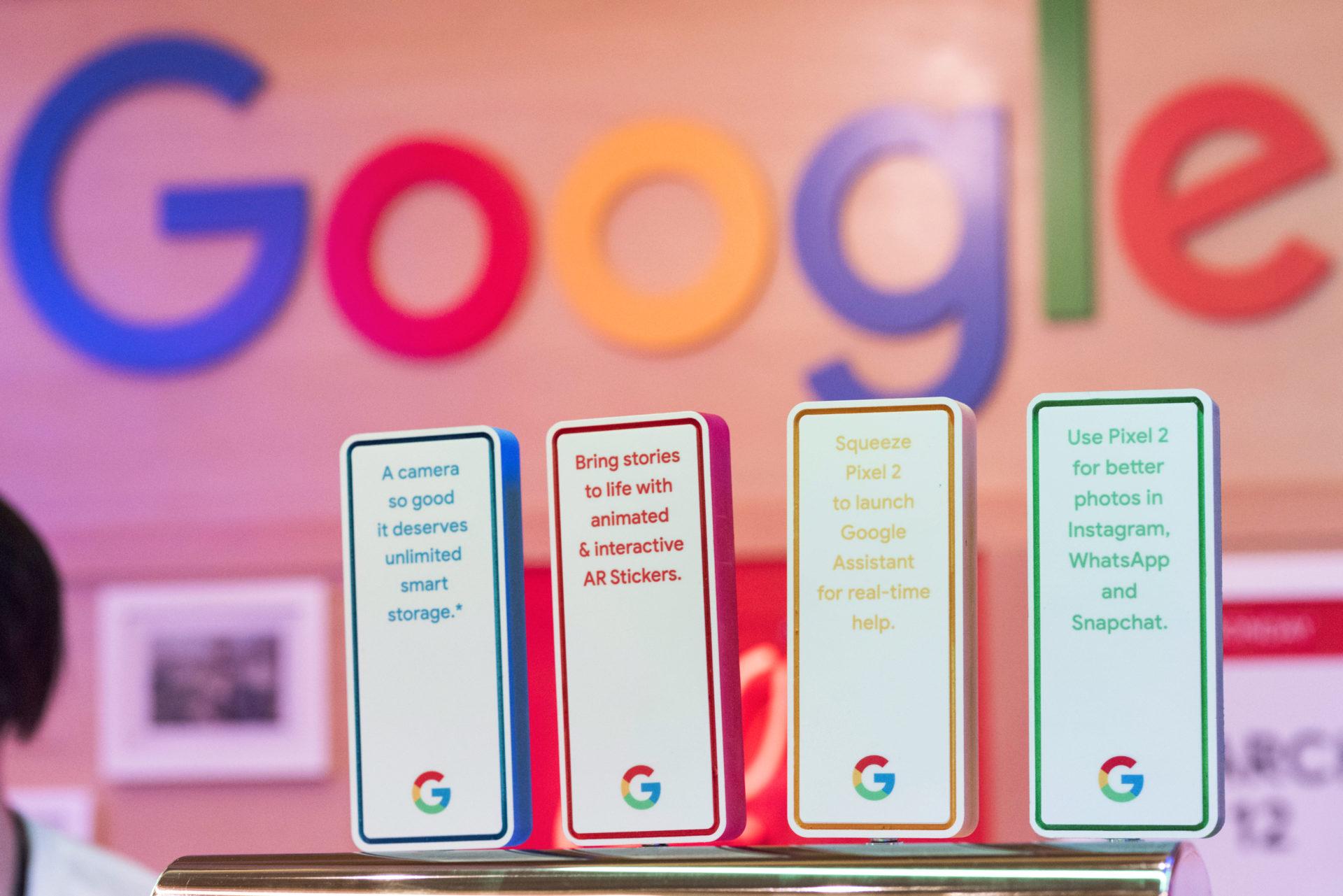 Google @ Verizon WC-Product Bar-4815.jpg