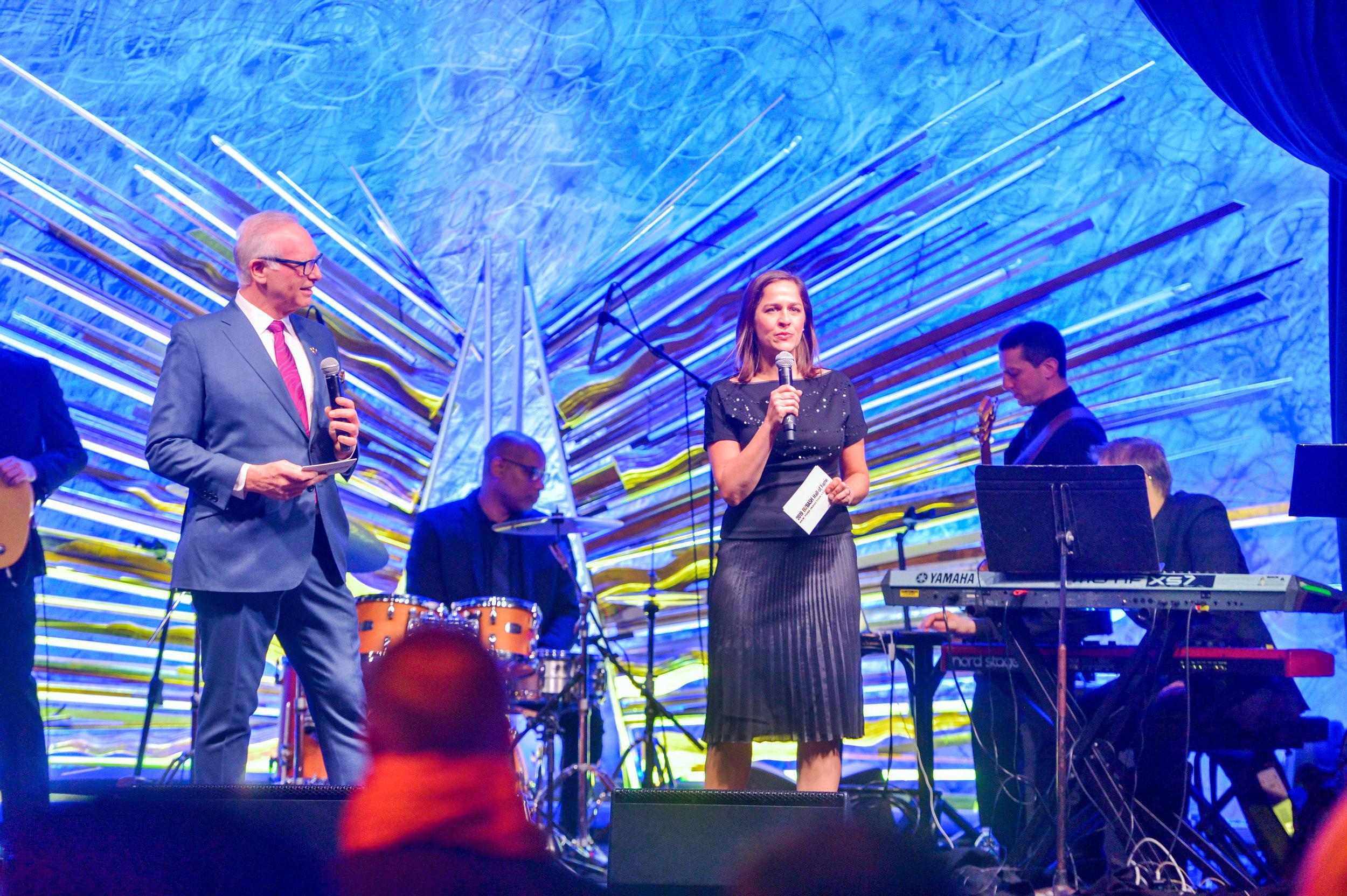 OHelloMedia-BizBashHallofFameNYC-Awards-6461.jpg