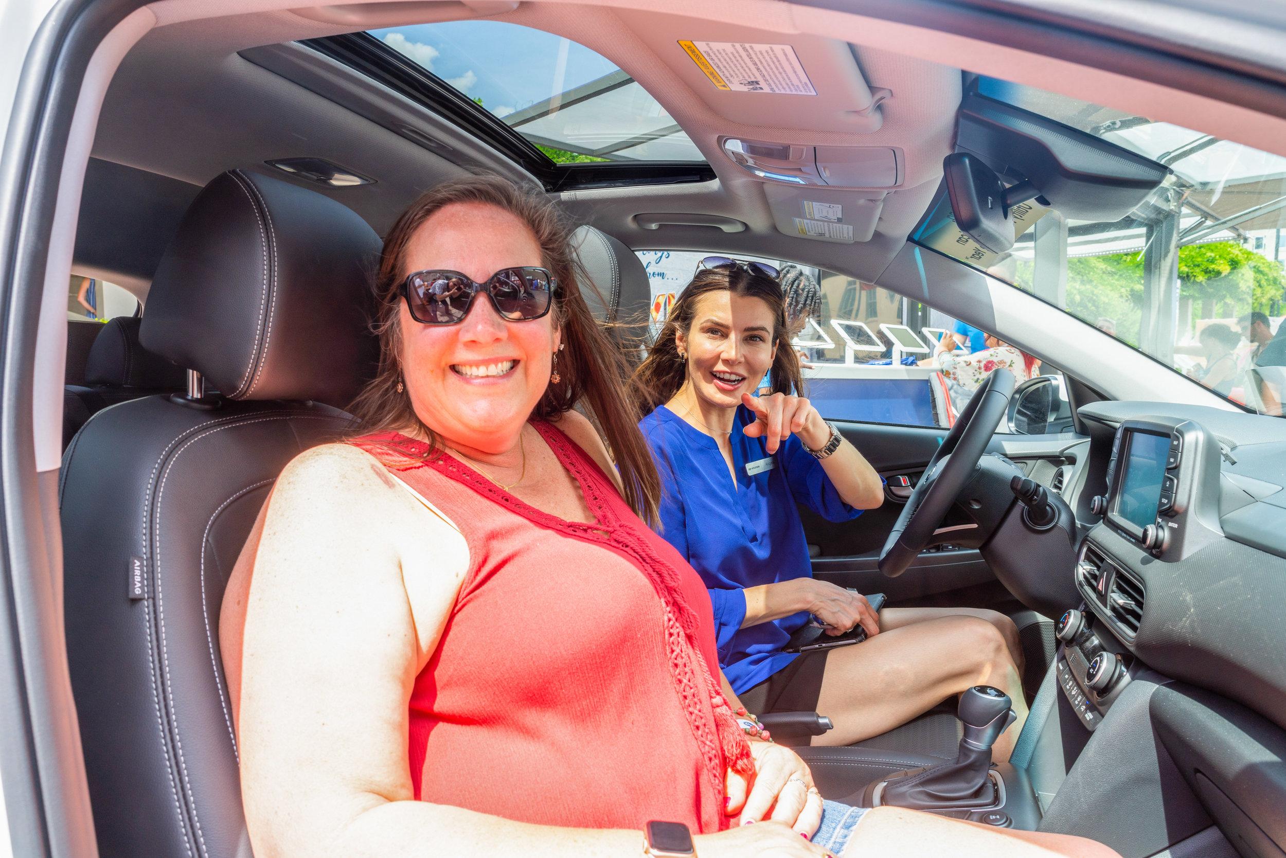 OHelloMedia-Hyundai-TasteOfCincinnati-VehicleDisplay--23.jpg