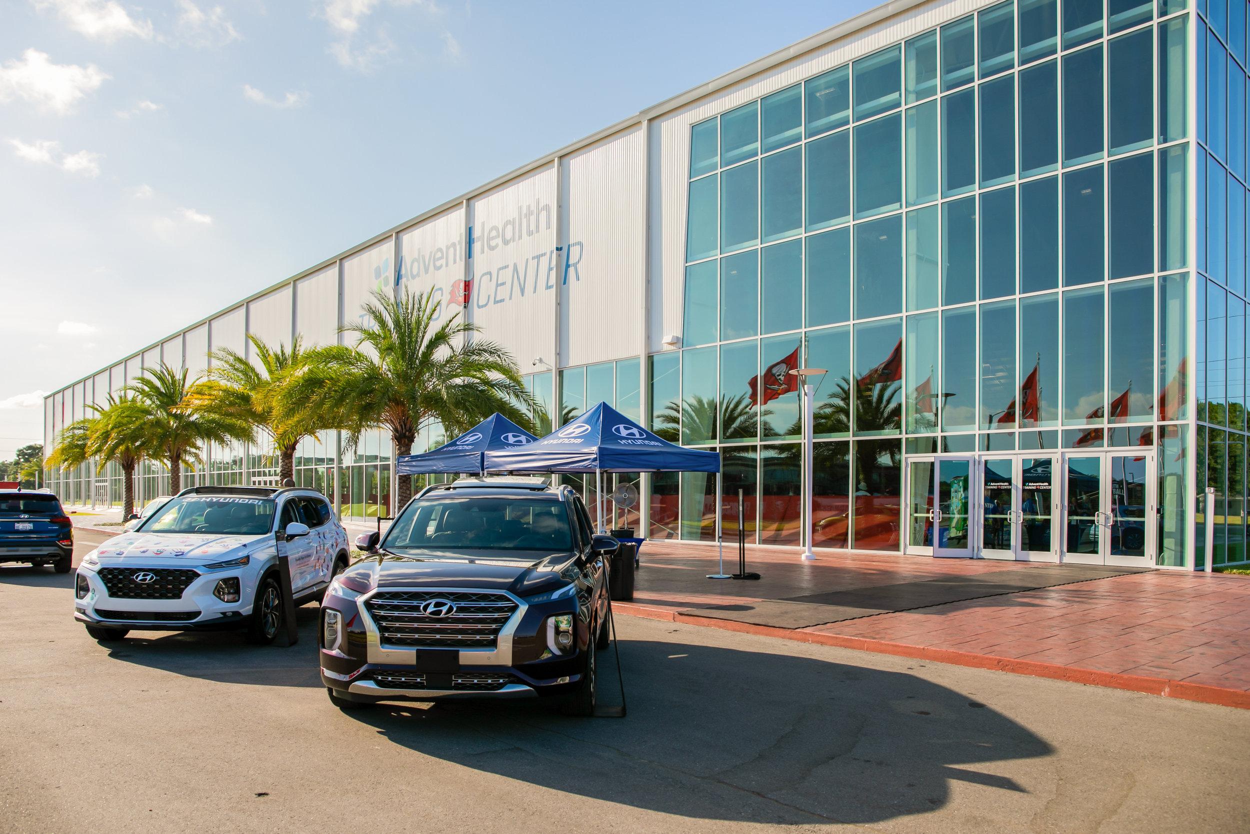 OHelloMedia-Hyundai-YouthFootballCamps-TampaBay-TopSelect--7.jpg
