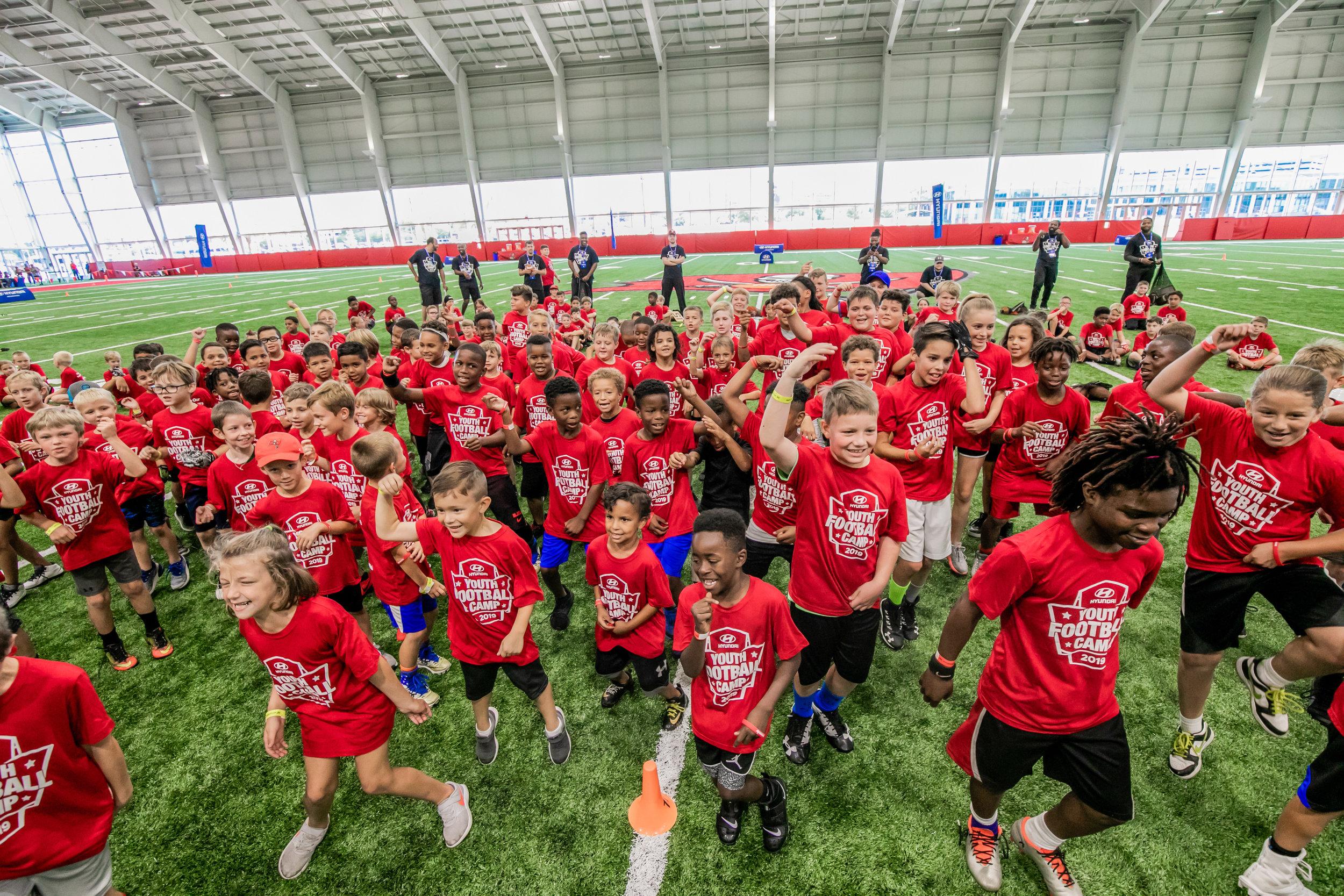 OHelloMedia-Hyundai-YouthFootballCamps-TampaBay-TopSelect--37.jpg